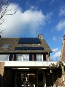 9 ZN Shine 250 WP Mono panelen + KLNE Solartec omvormer
