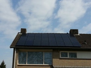 24 ZN Shine 250 WP Mono panelen + KLNE Solartec omvormer