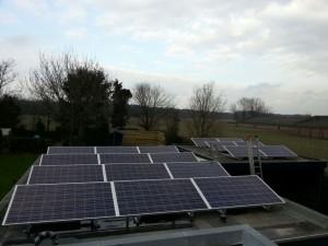 18 ZN Shine 250 WP Poly + KLNE Solartec omvormer