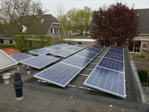 18 ZN Shine 250 WP Poly panelen + KLNE Solartec omvormer