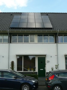 18 Simax 250 WP Mono panelen + KLNE Solartec omvormer